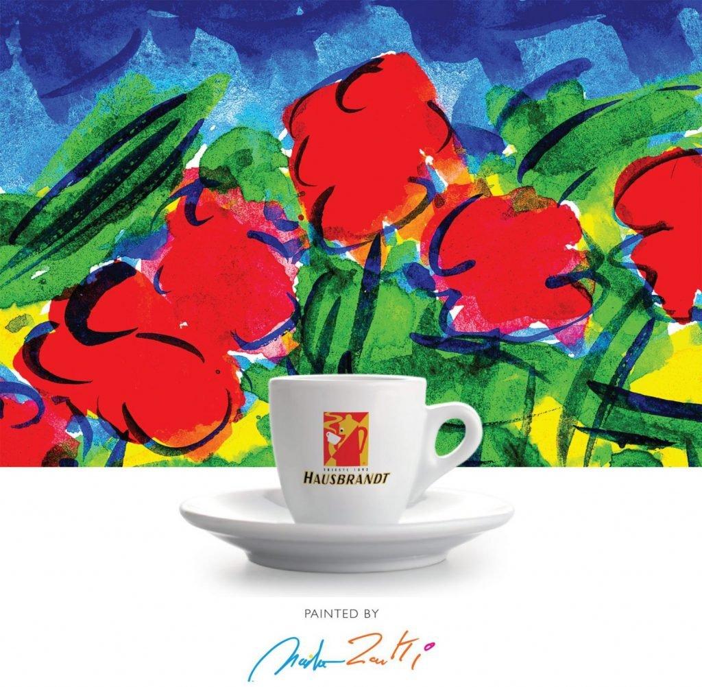 Hausbrandt Trieste sa tradicijom od 1982 godine. Hausbrandt u ponudi ima espreso kafu u zrnu, mlevenu espreso kafu kao i espreso kafu u kapsulama. Širok spektar mešavima Arabika i Robusta kafe.